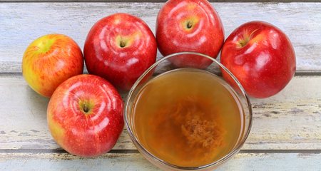 5 Ways Apple Cider Vinegar Can Help Your Dog | PetCoach